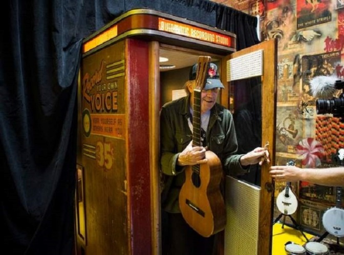 Neil Young uses Jack White's vintage recording booth for new vinyl album